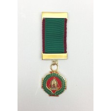 Kcs Knight Commander Breast JewelCrimson/green